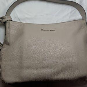 NWOT Large Michael Kors Leather Shoulder Handbag